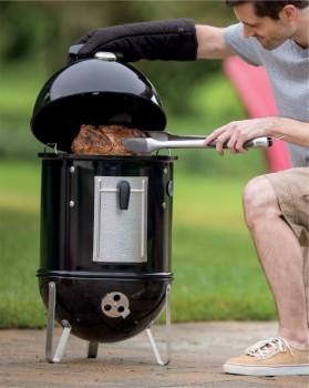 Weber-Smokey-Mountain-Cooker on sale