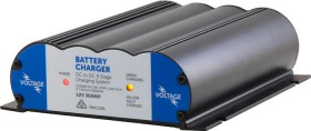 Voltage-12V-30Amp-8-Stage-Intelligent-DCDC-Battery-Charger-with-Solar-Connector on sale