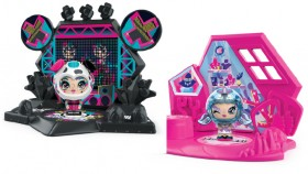 Zoobles-Girl-and-Habitat on sale