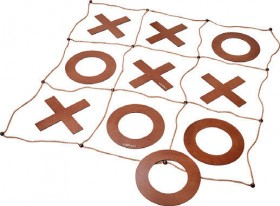 Verao-Giant-Noughts-and-Crosses on sale