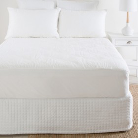 Bamboo-Mattress-Protector-by-Hilton on sale