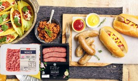 Coles-Finest-Angus-Beef-Garlic-Parsley-or-Italian-Pork-Sausages-500g-or-Coles-No-Added-Hormones-4-Star-Beef-Mince-500g on sale