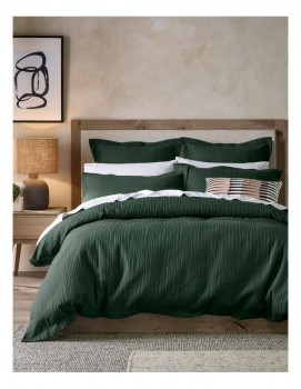 Darren-Palmer-Alamanda-Quilted-Quilt-Cover-Set-in-Emerald on sale