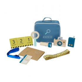 Wooden-Detective-Kit on sale